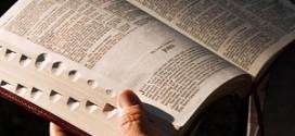Faz sentido abrir a Bíblia aleatoriamente para encontrar respostas?