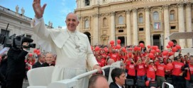 Viver unidos sem ciúmes nem invejas para ser verdadeiramente o Corpo de Cristo, pediu o Santo Padre
